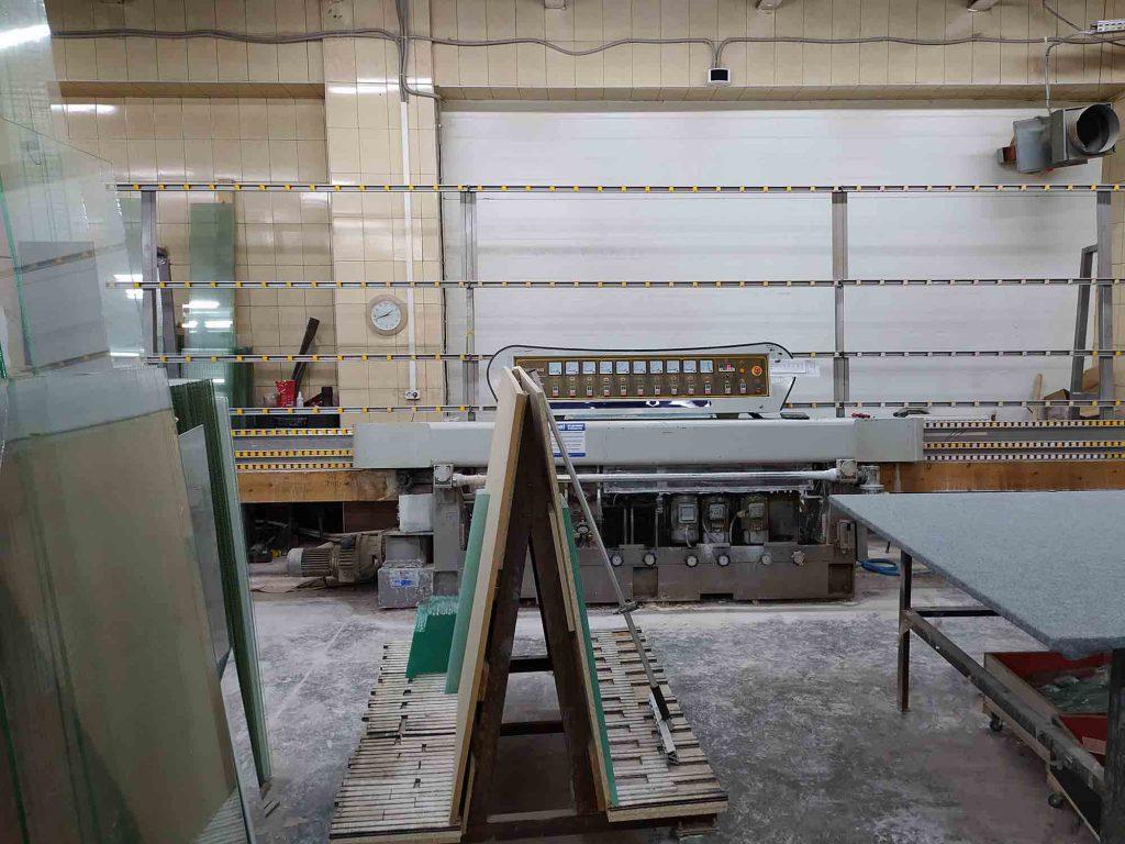 Аппарат для обработки кромки стекла